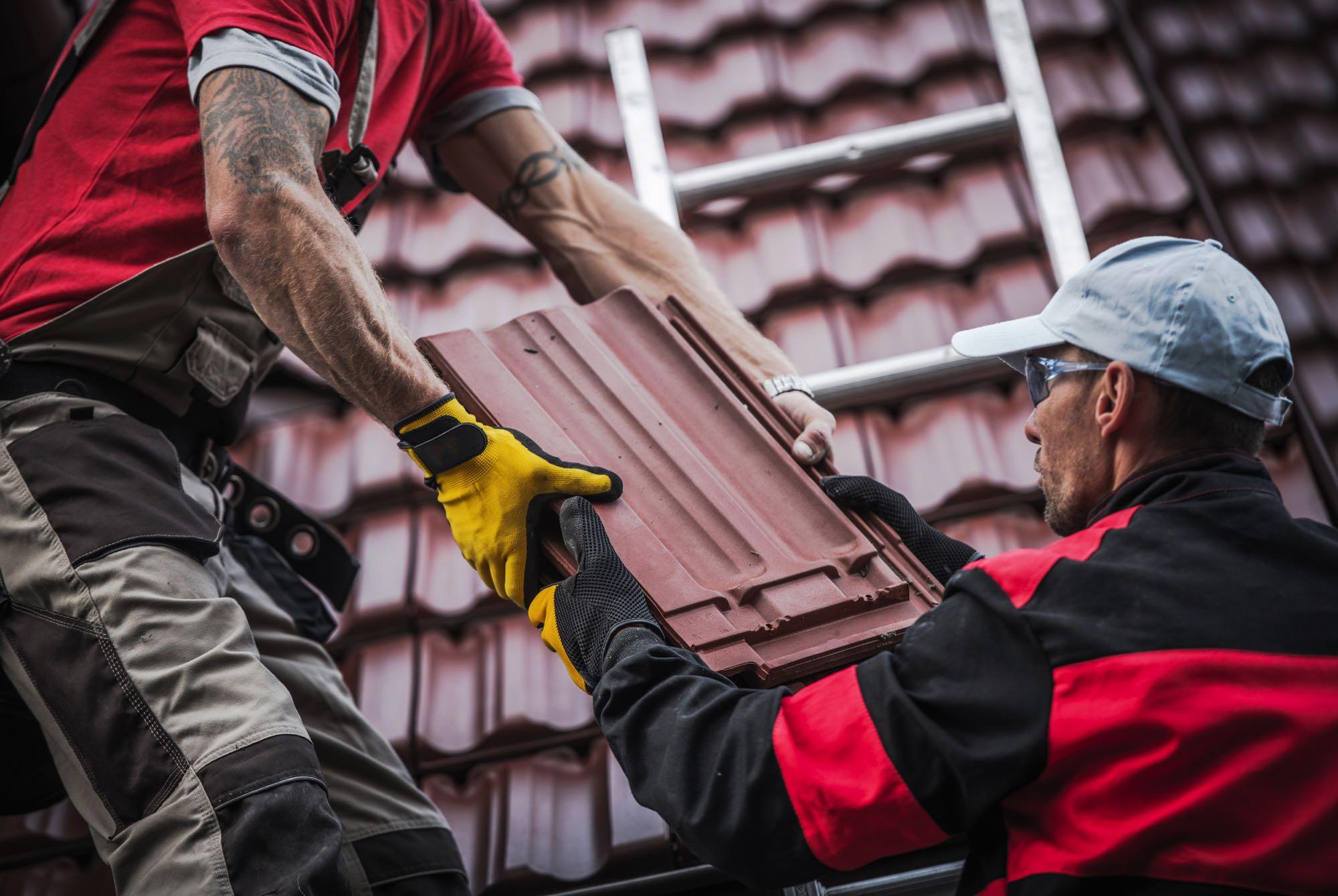 red roof tiles installation PP8QLMV