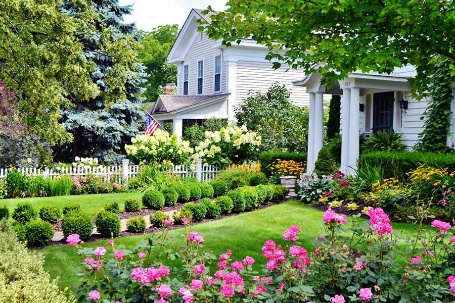 garden improves curbside appeal